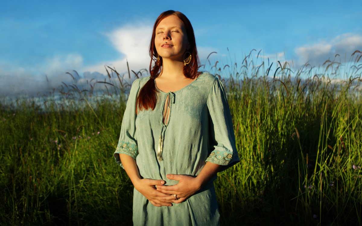Lev i feminint flow gennem din menstruation cyklus og overgangsalder